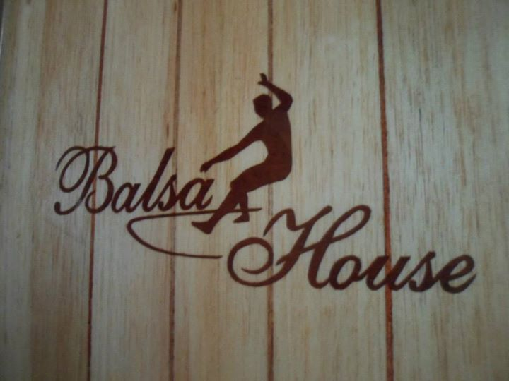 Balsa Surf House